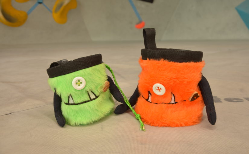 Free Pattern – fluschiges Monster Chalk bag