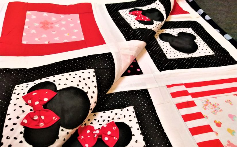 Do it yourself! Free pattern Minnie Mouse Patchworkdecke